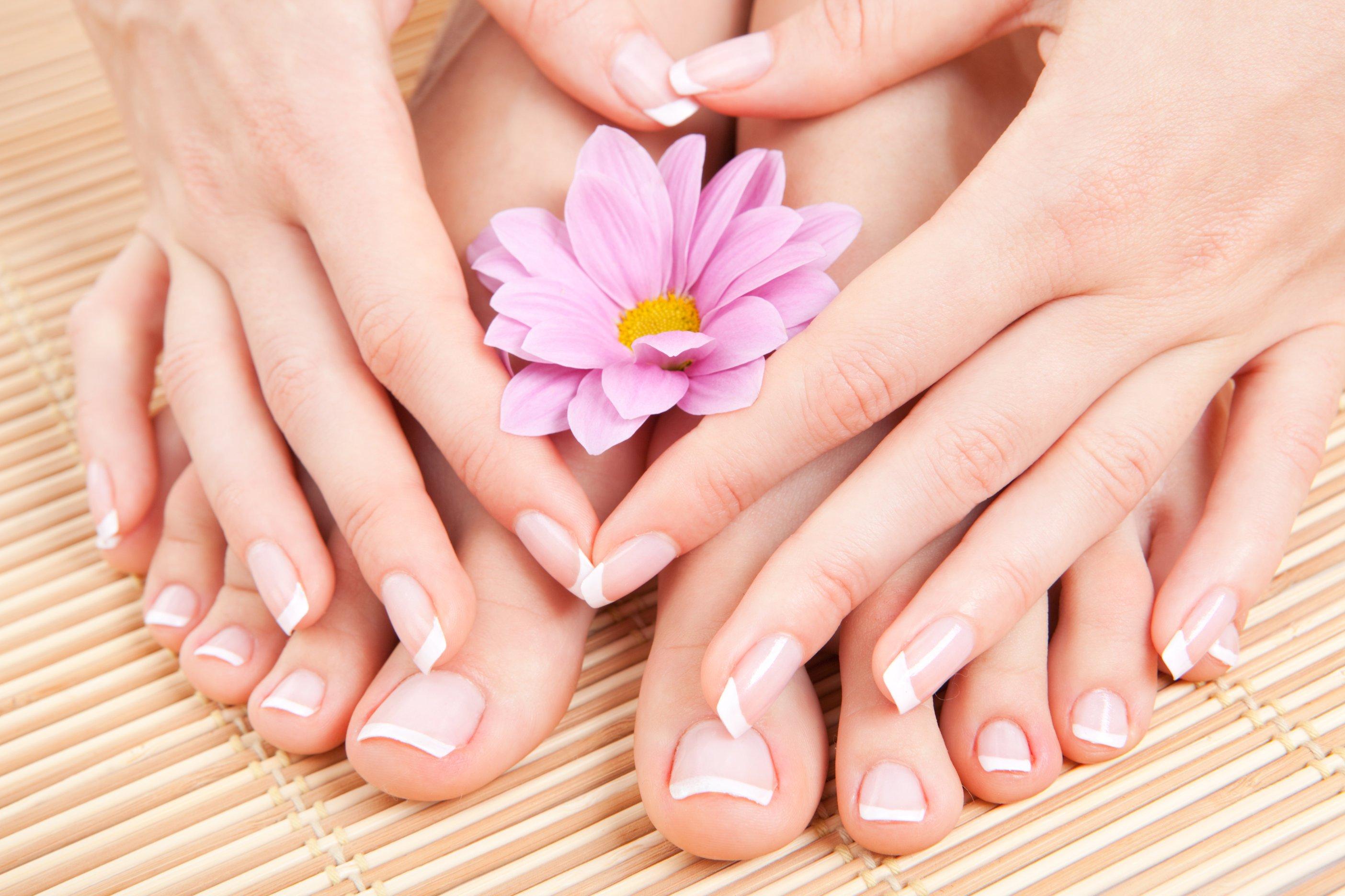 Onicomicosi: piccoli suggerimenti per la cura delle unghie.